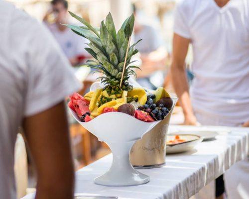 seaside-restaurant-santorini-island-cyclades-restaurant-food-sweets-santorini-gastronomy